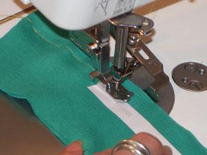 職業用ミシンでニットソーイング -職業用ミシンでニットを縫う時、ニッ- ミシン・アイロン   教えて!goo